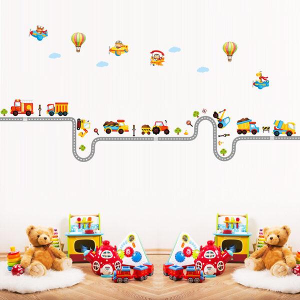 Stickers muraux colorés à placer sur le mur de la chambre de bébé