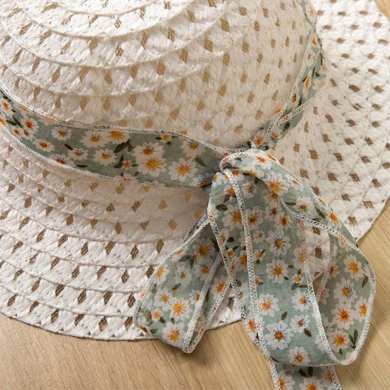 Ensemble fille pour l'été - Chapeau blanc fille gratuit