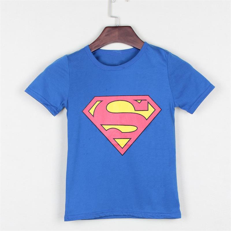 T-shirt bleu Superman pour les garçons