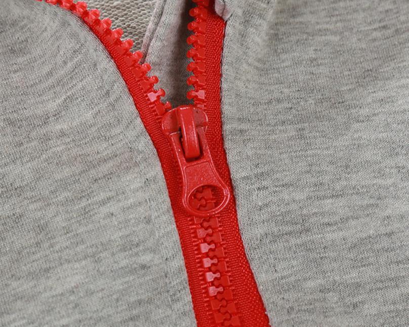 Fermeture éclair de la veste zippée bébé garçon