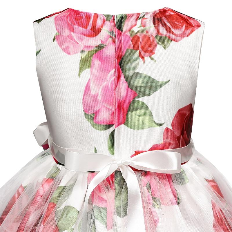 Détail robe de cérémonie fille