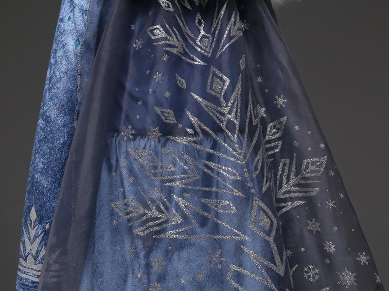 Détails de la robe Reine des Neiges