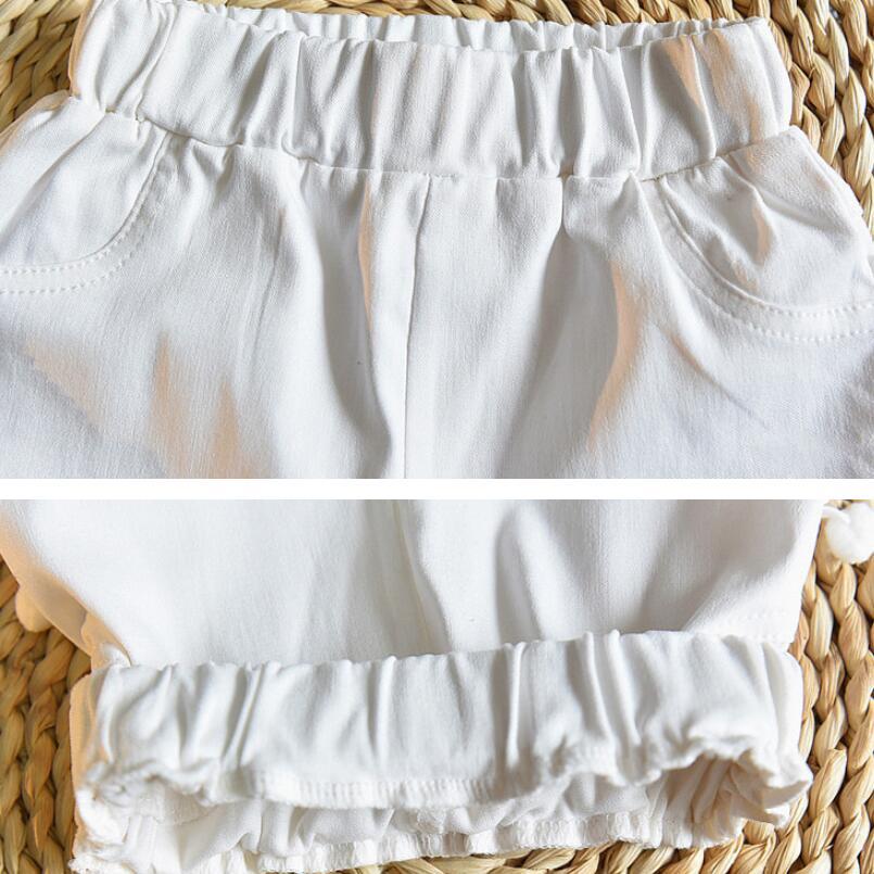 Short blanc pour fille