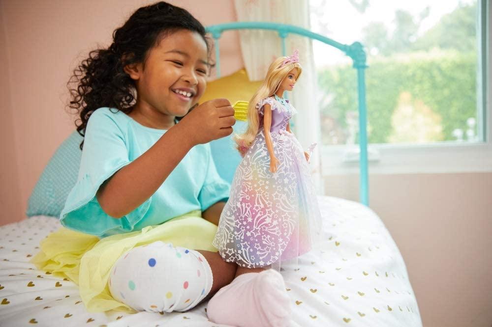 Poupée princesse Barbie avec robe arc-en-ciel